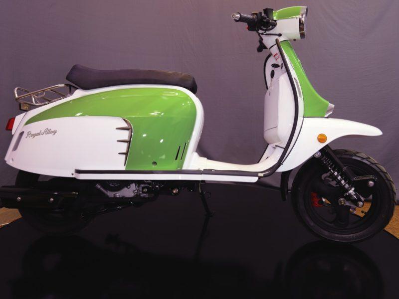 greenwhite-588