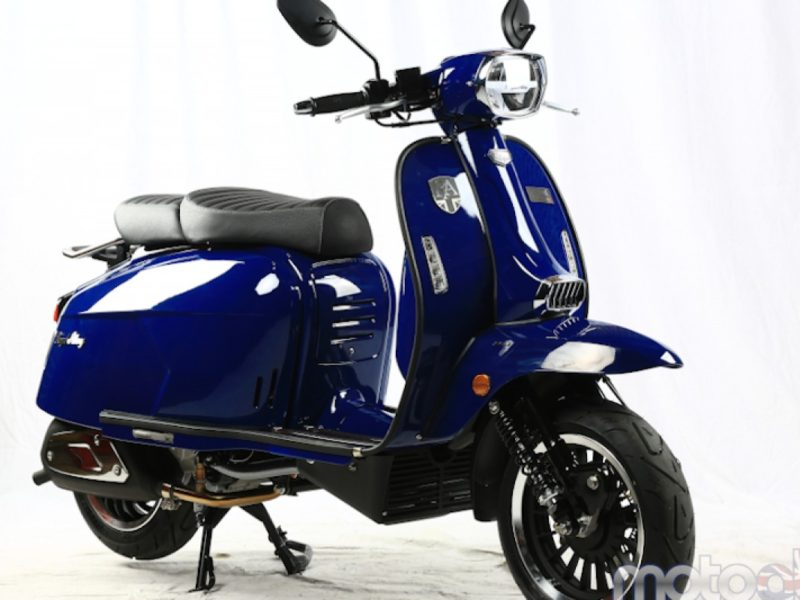 metal-blue-468