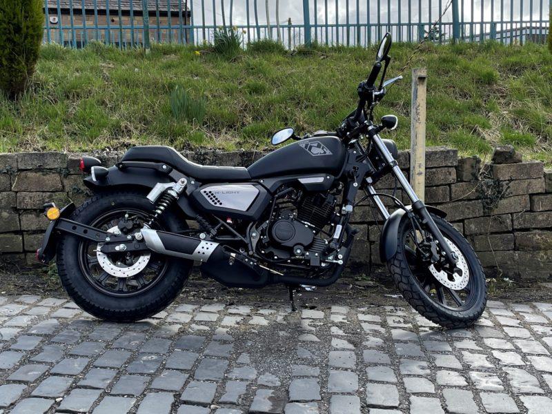 black-748
